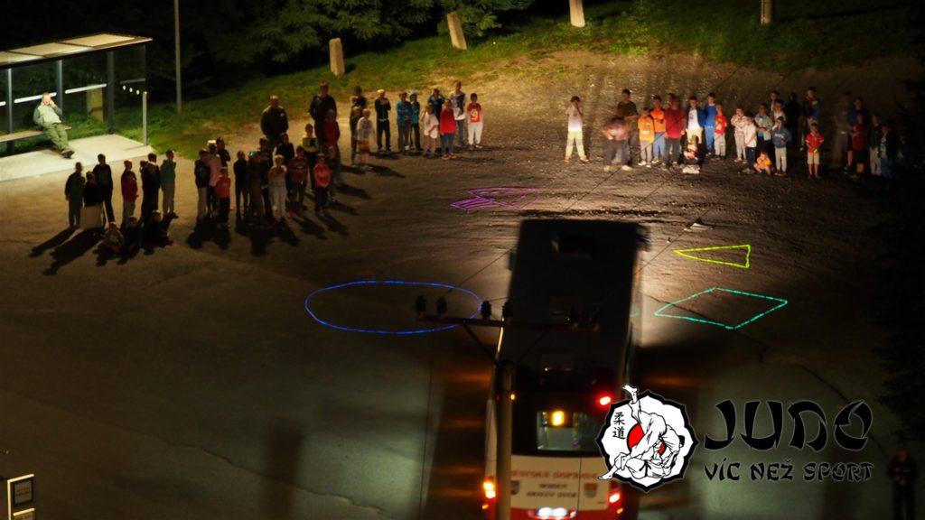 Judo víc než sport – tábor v Nižboru 2017 – Vesmírný autobus