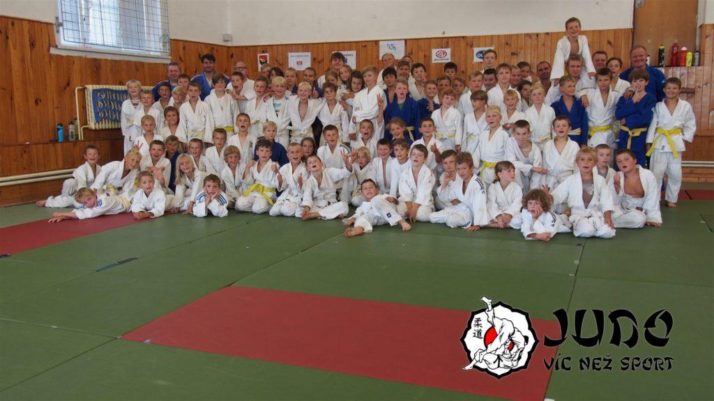 Judo víc než sport – tábor v Nižboru 2017 – V sokolovně
