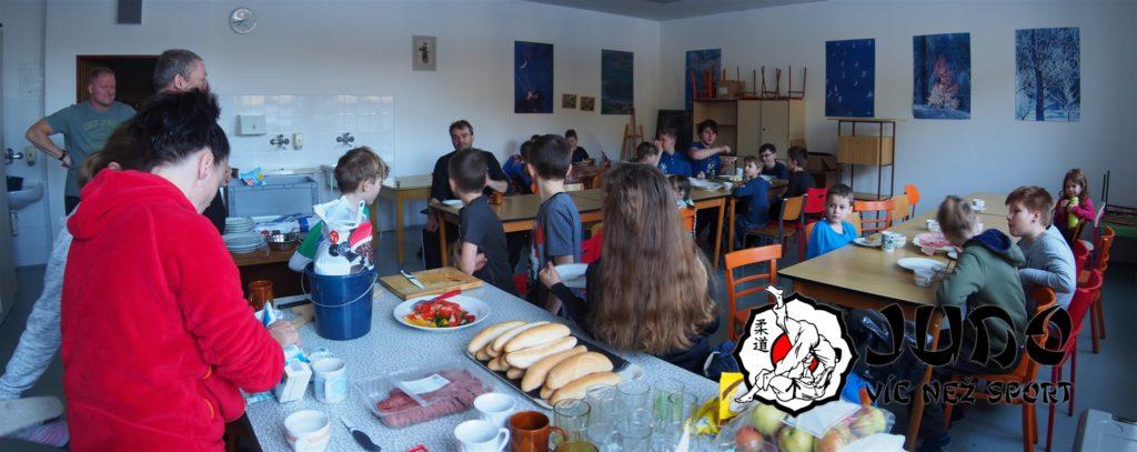Hory s Judem 2018 - Snídaně