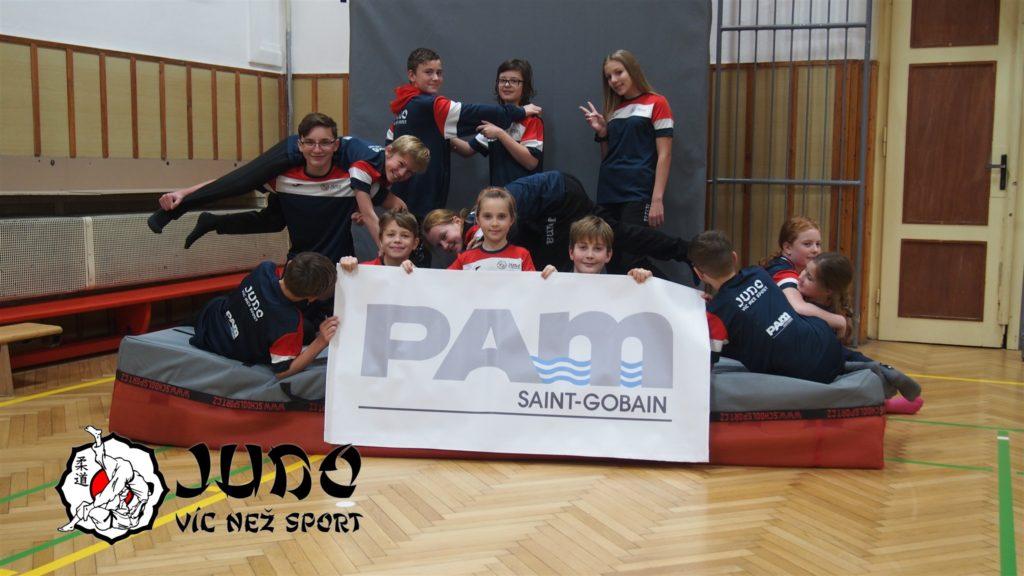Klubové soupravy Judo víc než sport s podporou SAINT-GOBAIN PAM