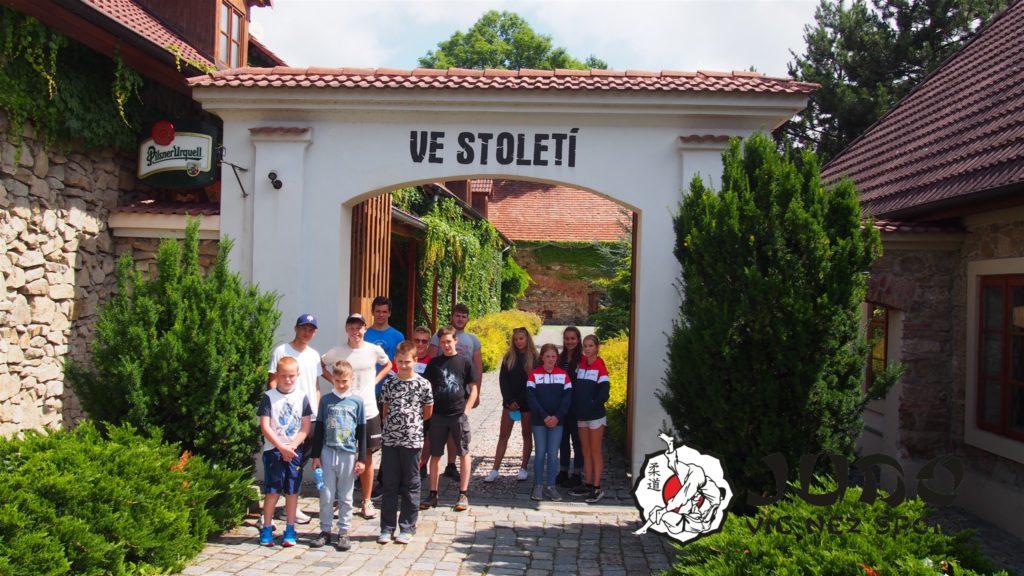 Příměstský tábor 2021 - Ve Století