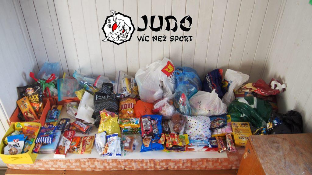 Judo víc než sport - tábor v Nižboru 2017 - sladkosti
