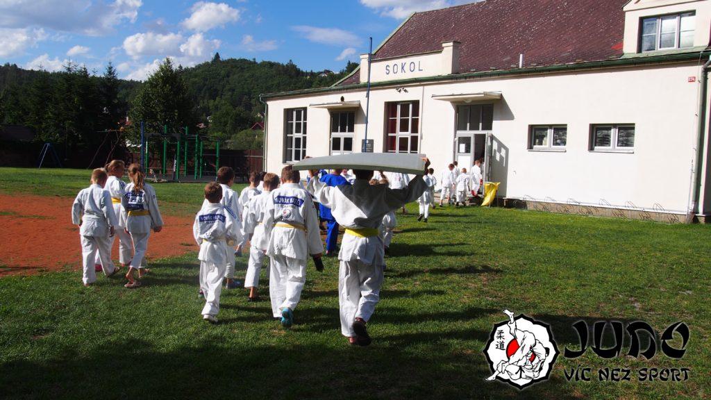 Judo víc než sport - tábor v Nižboru 2017 - Sokolovna