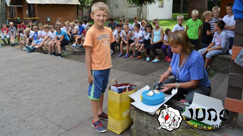 Judo víc než sport – tábor v Nižboru 2017 – Narozeniny